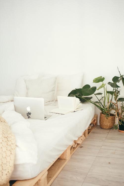 Komplettera ditt bloggande med ett jobb du kan sköta hemifrån